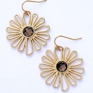 Jewelry - Pretty Flower Earrings